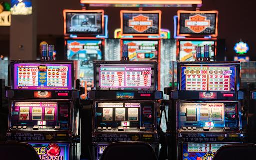Tips untuk Meningkatkan Peluang Kemenangan Slot Online